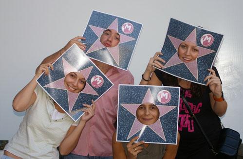 Екипът на ROI като звезди